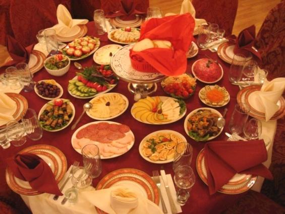 Arbat-Wedding-Reception-Full-Service-Banquet-Table-1[1]
