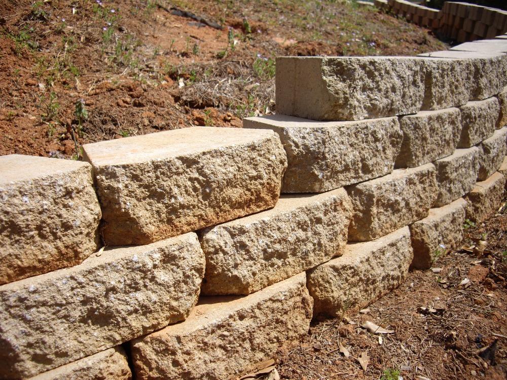 Building walls (2/5)